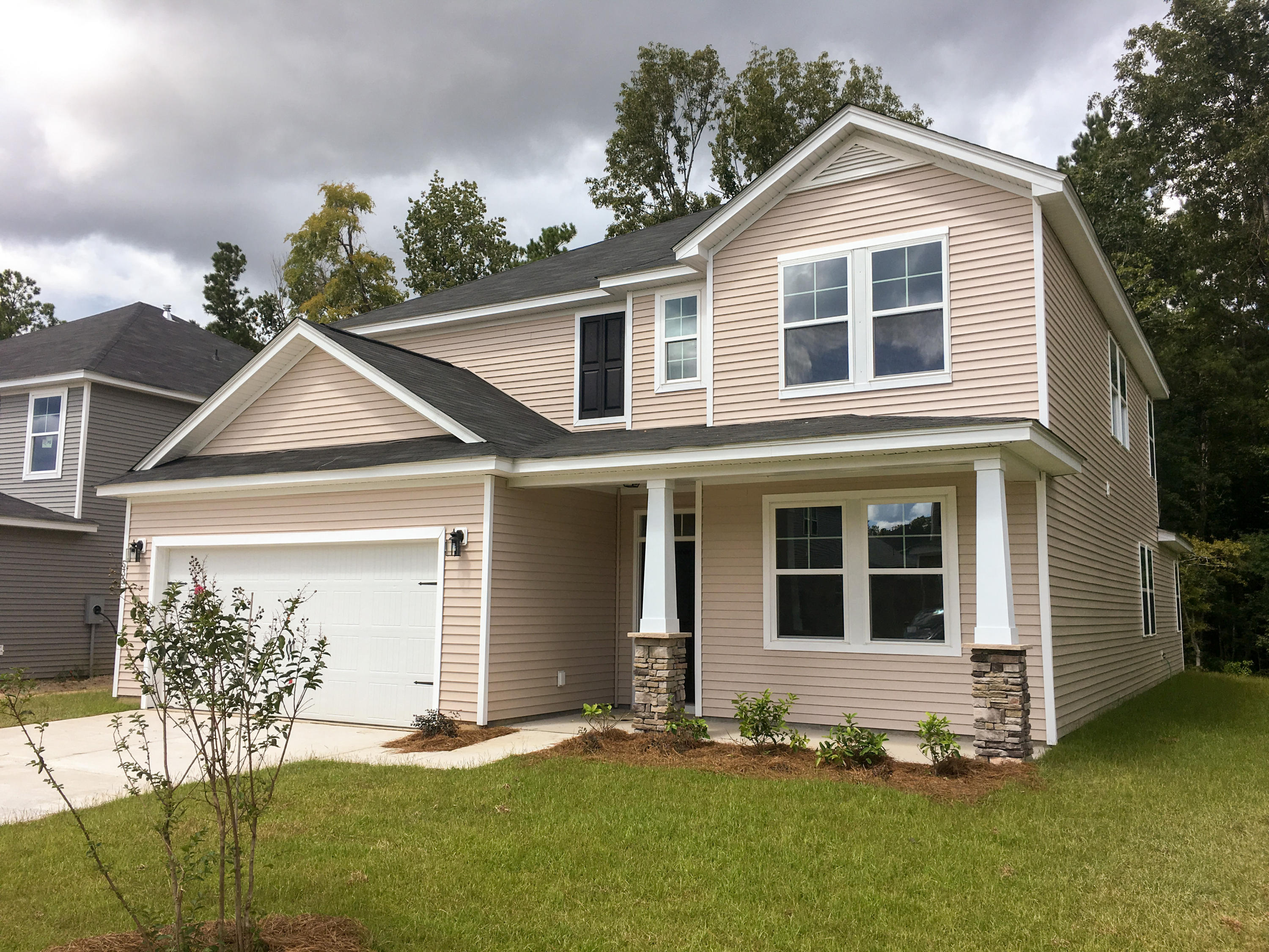 539 Man O War Lane Moncks Corner, SC 29461