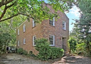 10 Montagu Court, Charleston, SC 29401