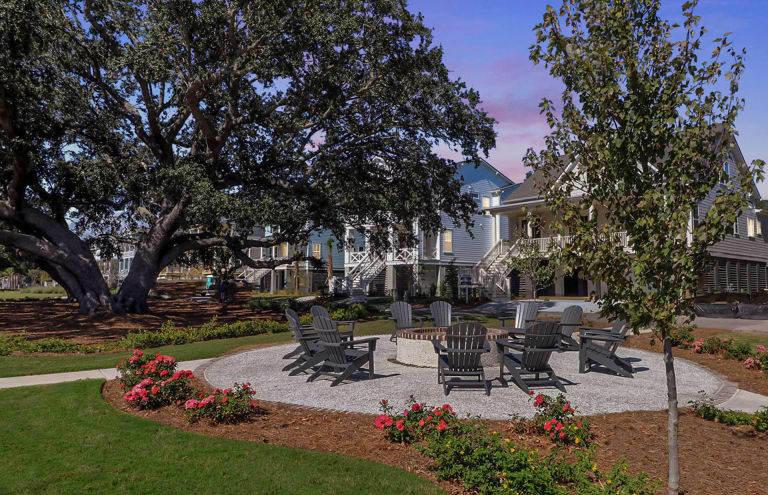 The Oaks Marsh View Homes For Sale - 1139 Kincannon Drive, Mount Pleasant, SC - 4