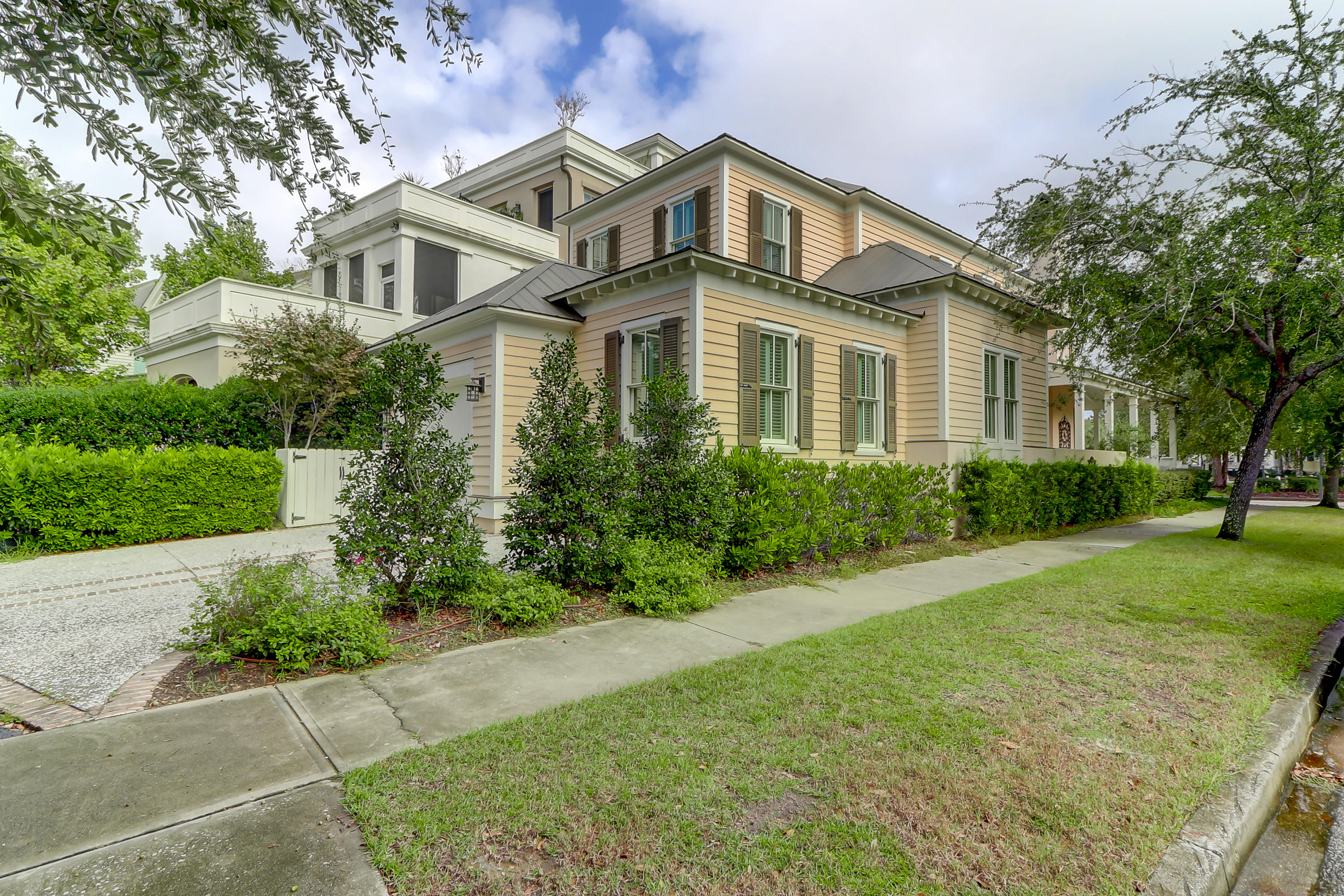 209 Ponsbury Road Mount Pleasant, SC 29464