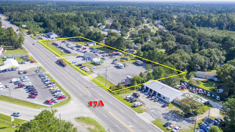 3212 S Live Oak Drive Moncks Corner, SC 29461