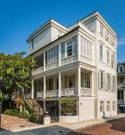 11 Church Street, Charleston, SC 29401