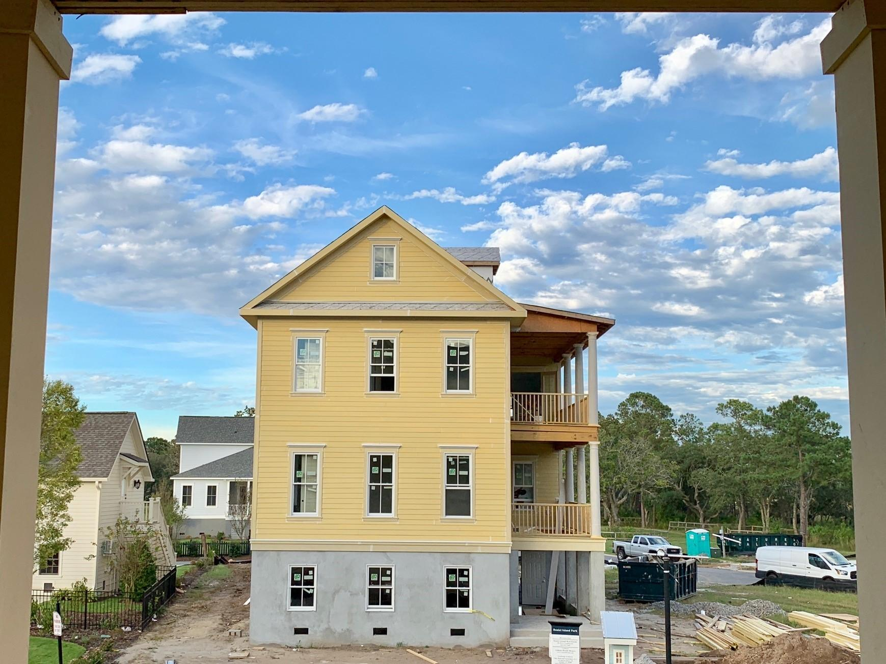 205 Foundry Street Charleston, SC 29492