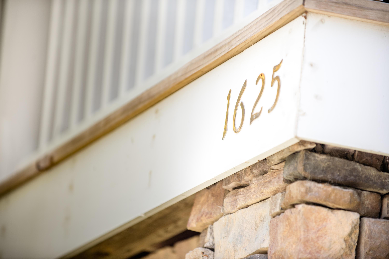 1625 Mcclain Street Charleston, SC 29407
