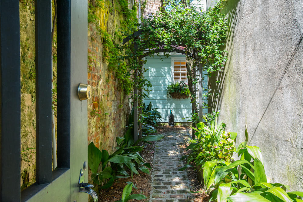 4 Tradd Street Charleston, SC 29401