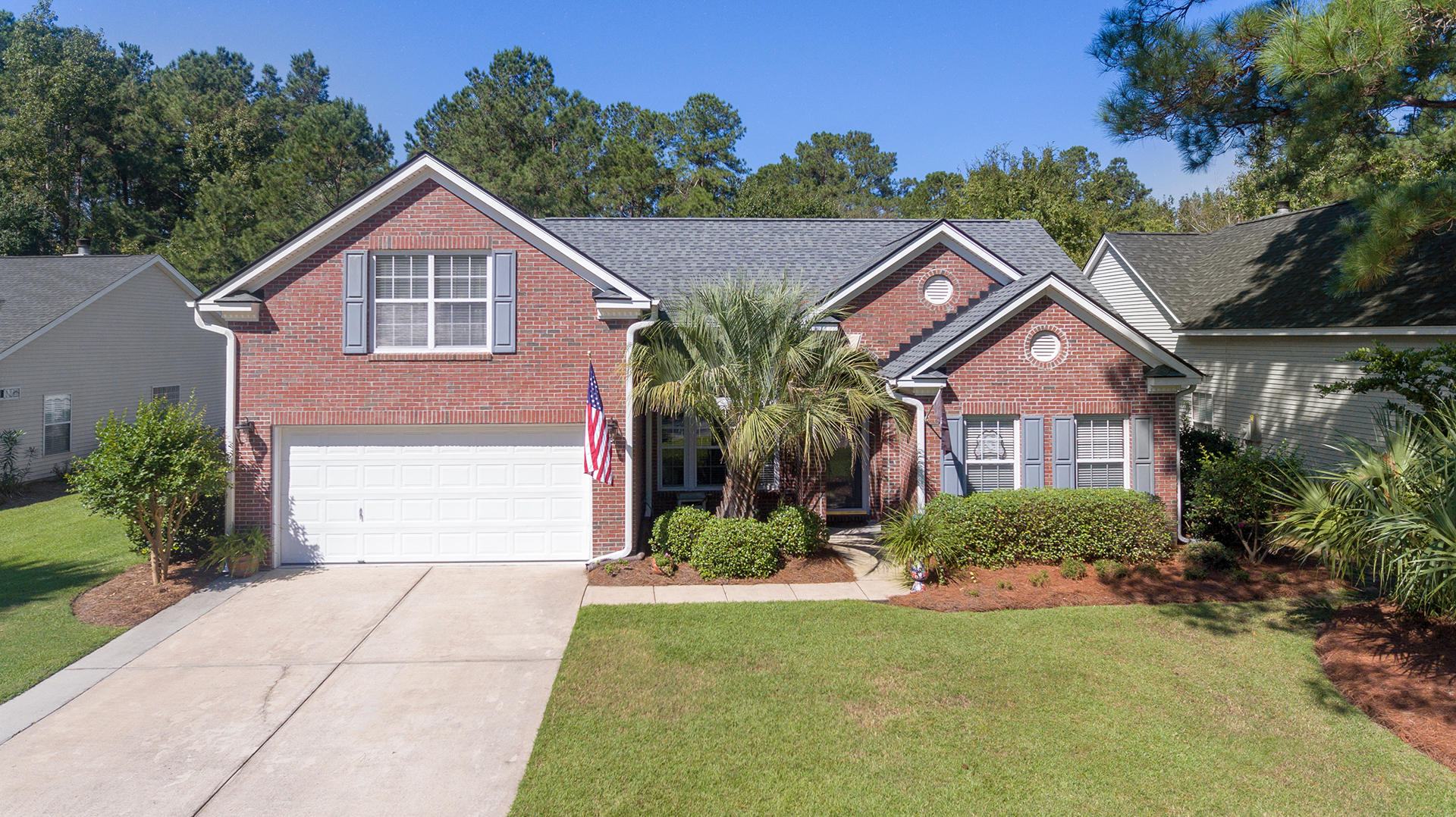 556 Pointe Of Oaks Road Summerville, SC 29485
