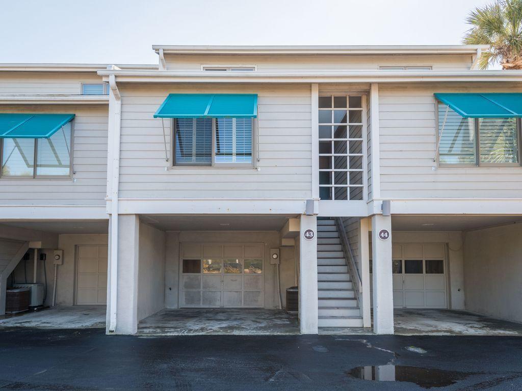 Beach Club Villas Homes For Sale - 43 Beach Club Villas, Isle of Palms, SC - 1