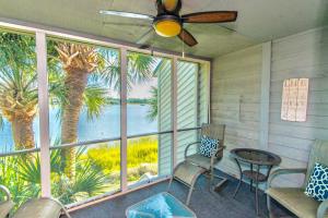 42 Mariners Cay Drive, Folly Beach, SC 29439