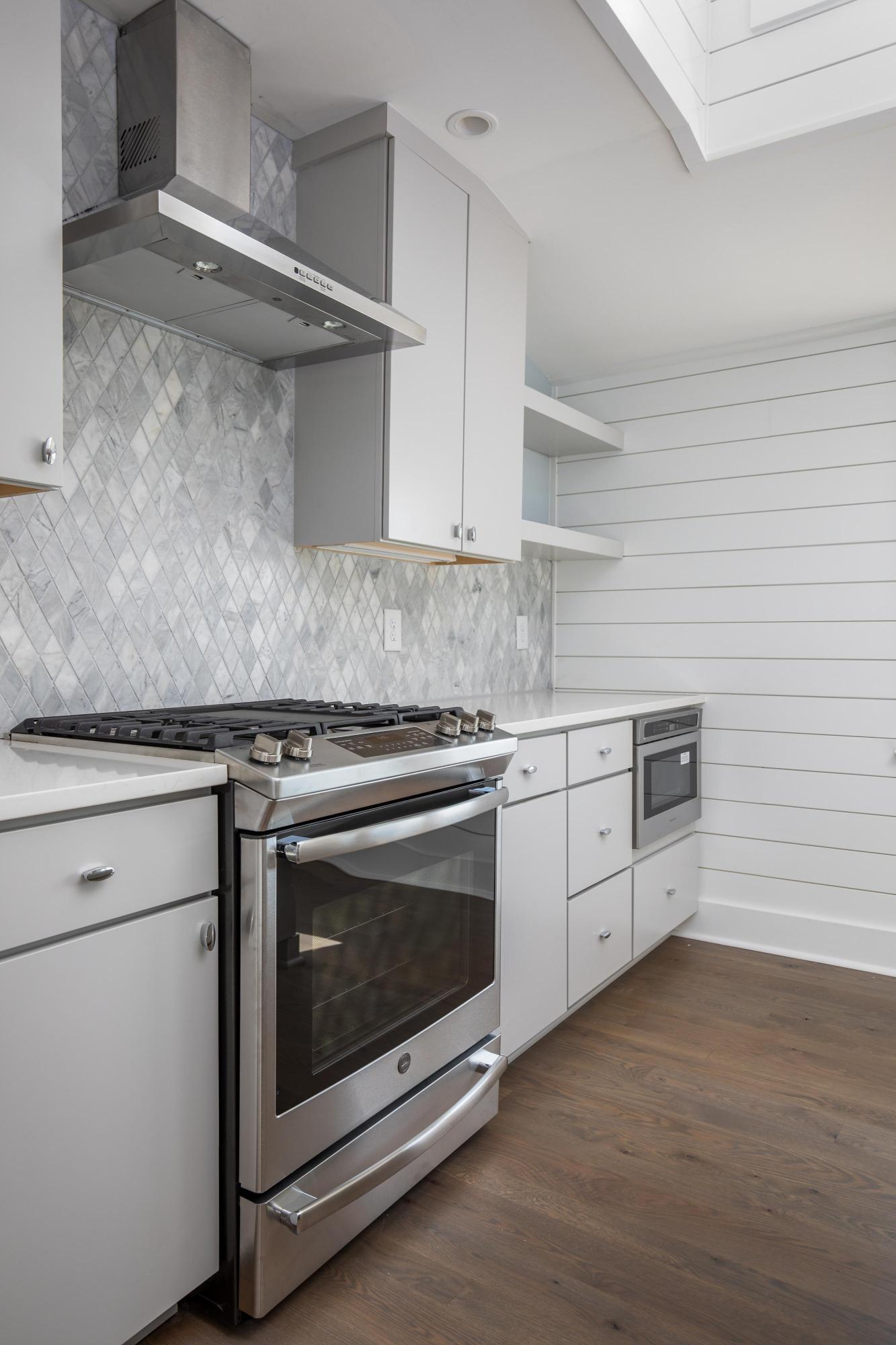 Homes For Sale - 315 Ashley, Charleston, SC - 8