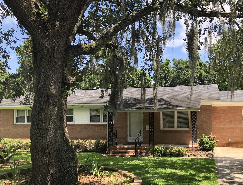 1164 Sherwood Street North Charleston, SC 29405