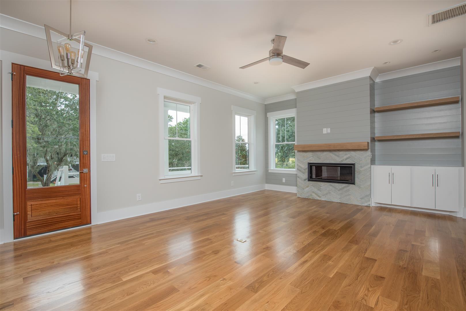 Scanlonville Homes For Sale - 160 5th, Mount Pleasant, SC - 16