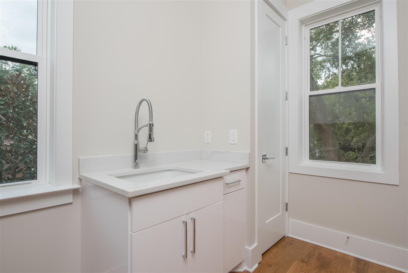 Scanlonville Homes For Sale - 160 5th, Mount Pleasant, SC - 0