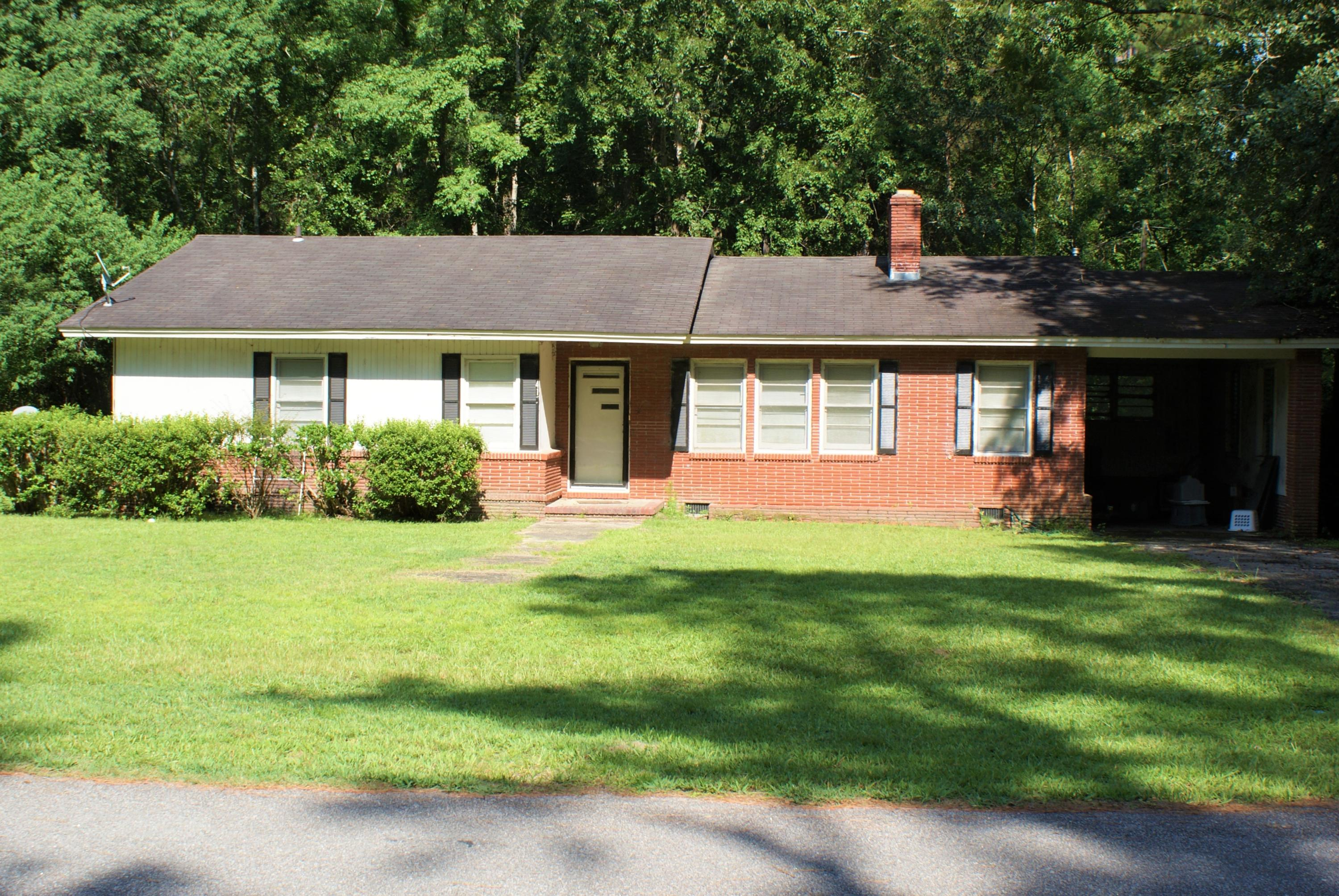 415 Churchill Road Walterboro, SC 29488