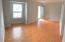 Living Room w/laminate hardwoods