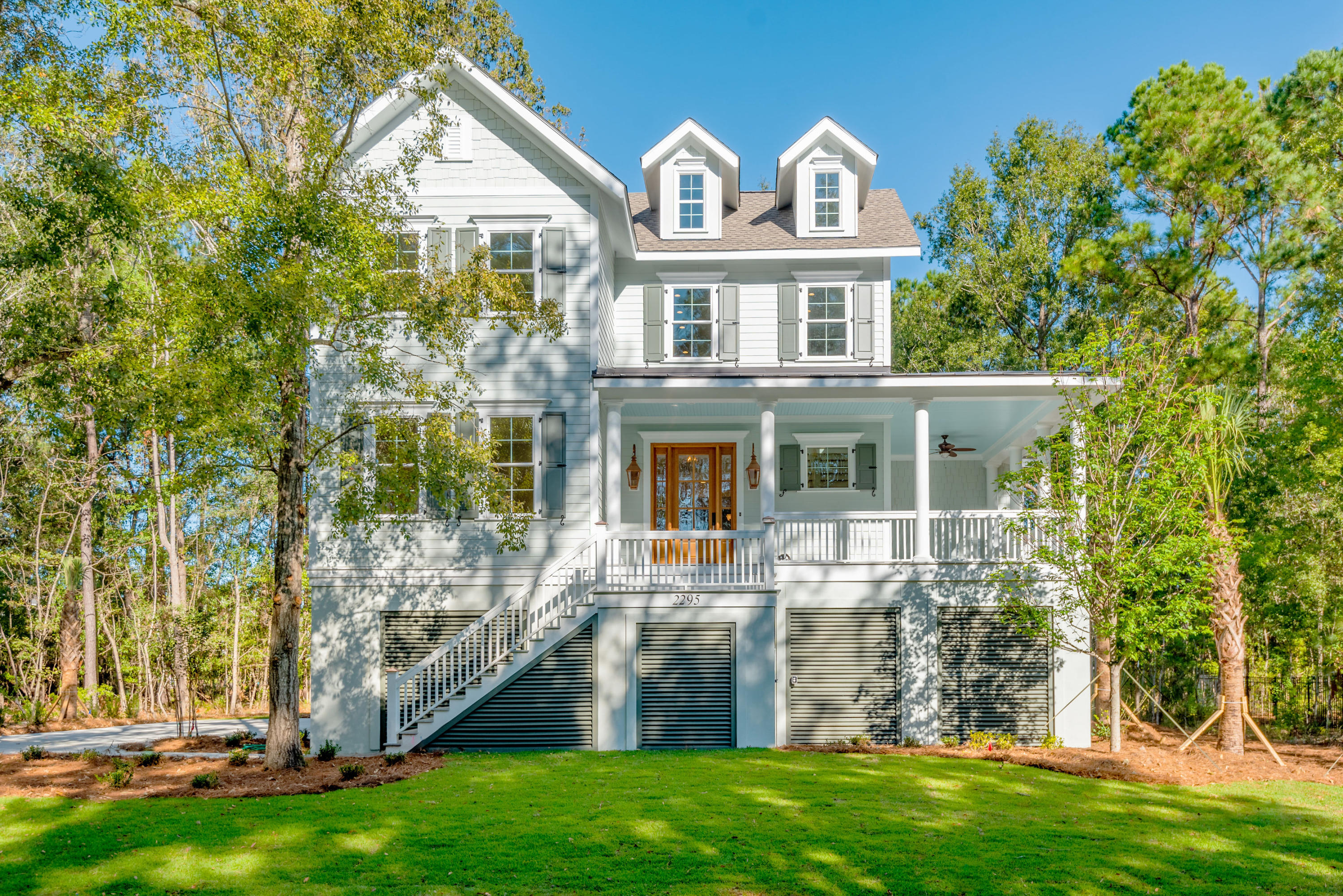 2295 Middlesex Street Mount Pleasant, SC 29466