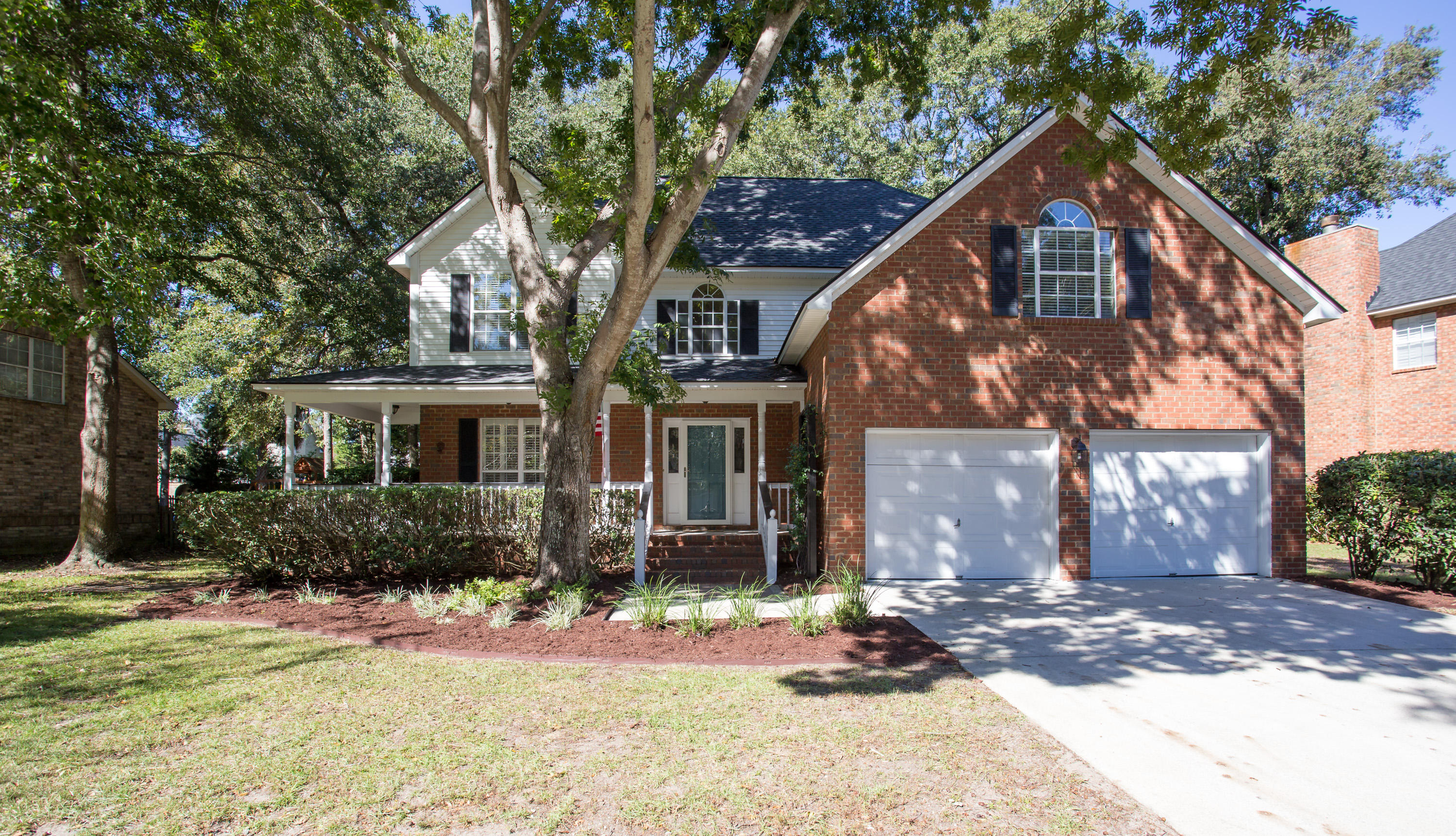 2072 Middleburg Lane Mount Pleasant, SC 29464