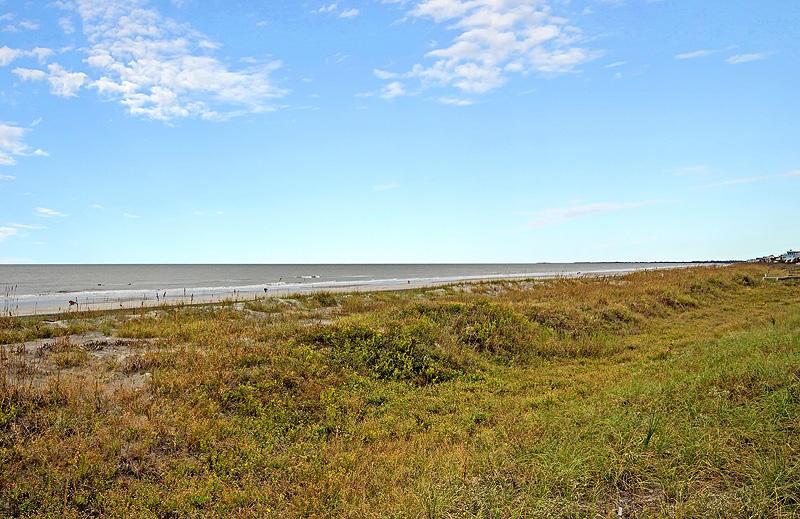 206 W Arctic Avenue Folly Beach, SC 29439