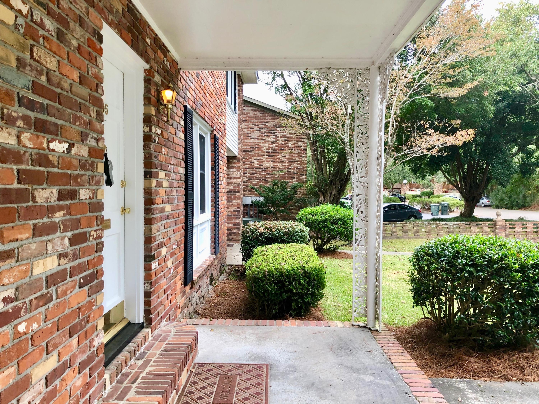 105 St Charles Court Charleston, SC 29407