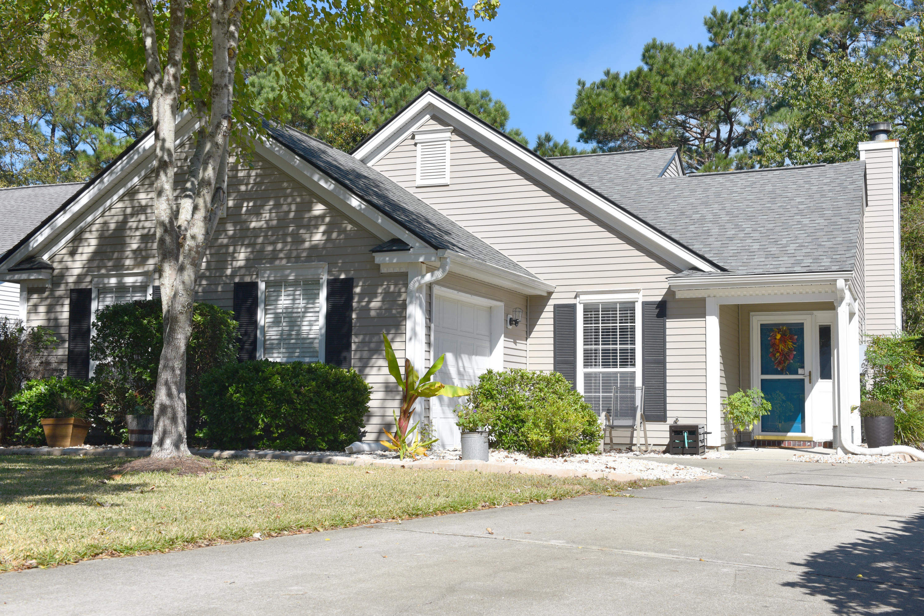 471 Old Carolina Court Mount Pleasant, SC 29464