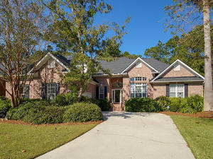 2820 Waterpointe Circle, Mount Pleasant, SC 29466