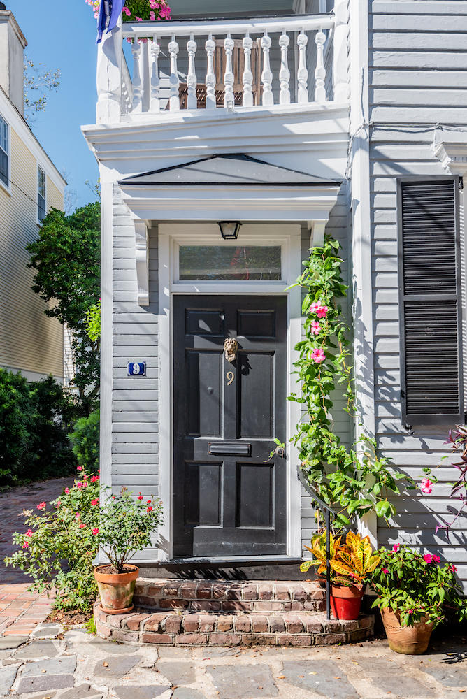 9 Savage Street Charleston, SC 29401