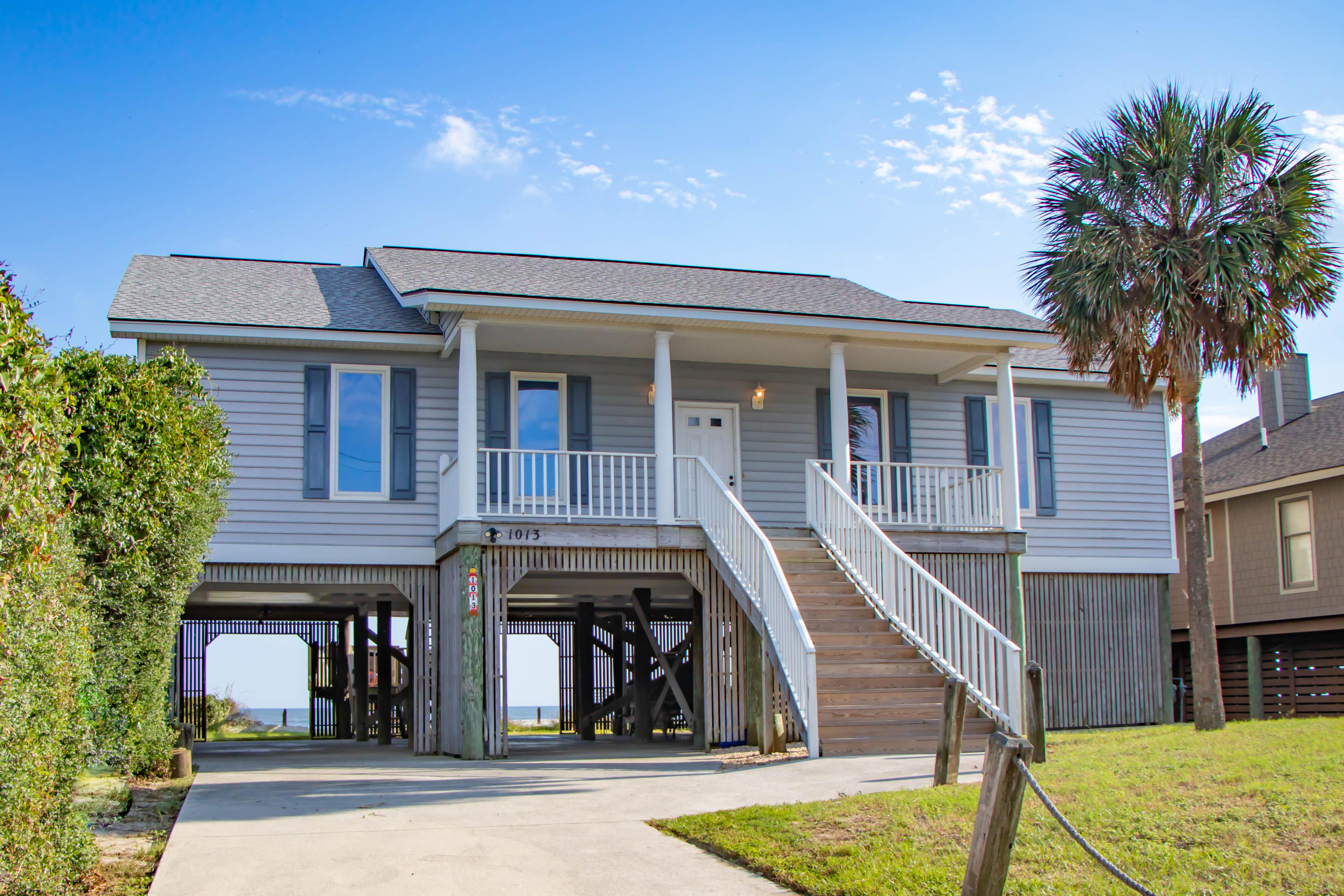1013 E Arctic Avenue Folly Beach, SC 29439