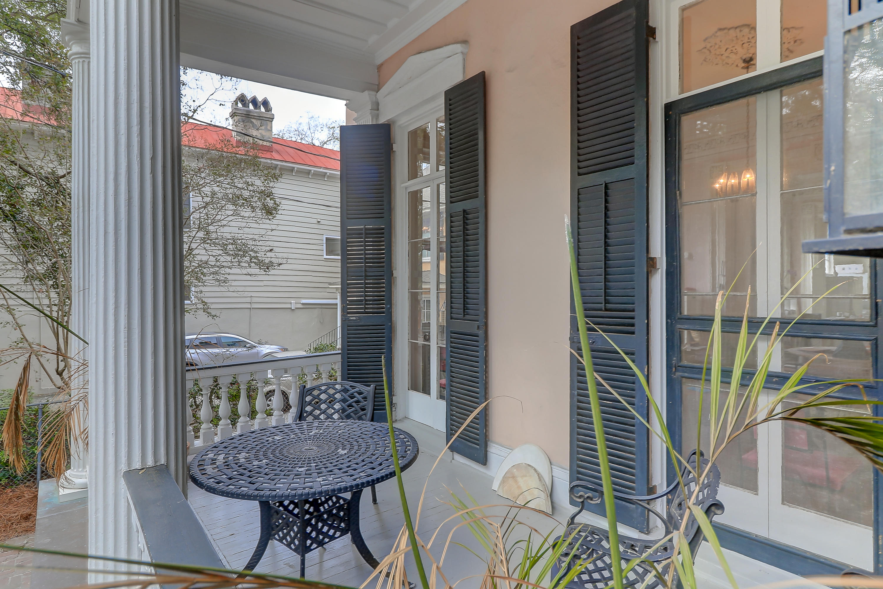 128 Wentworth Street Charleston, SC 29401