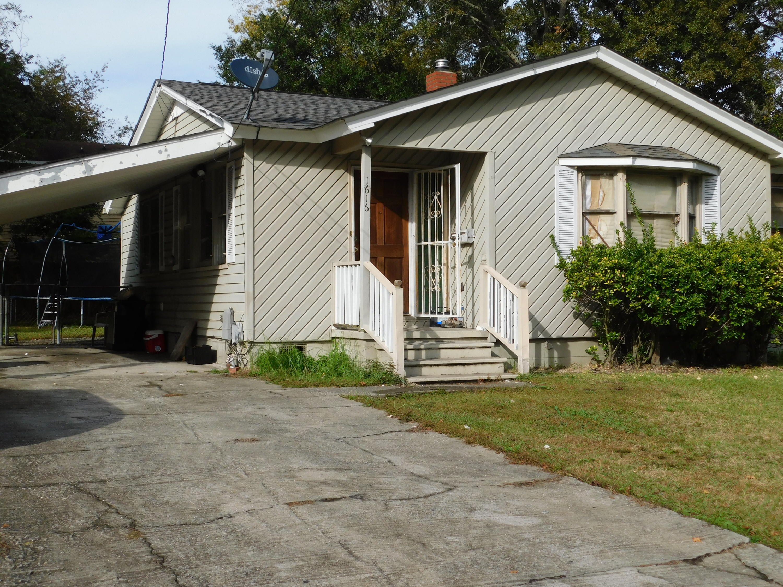 1616 Larry Street North Charleston, SC 29406