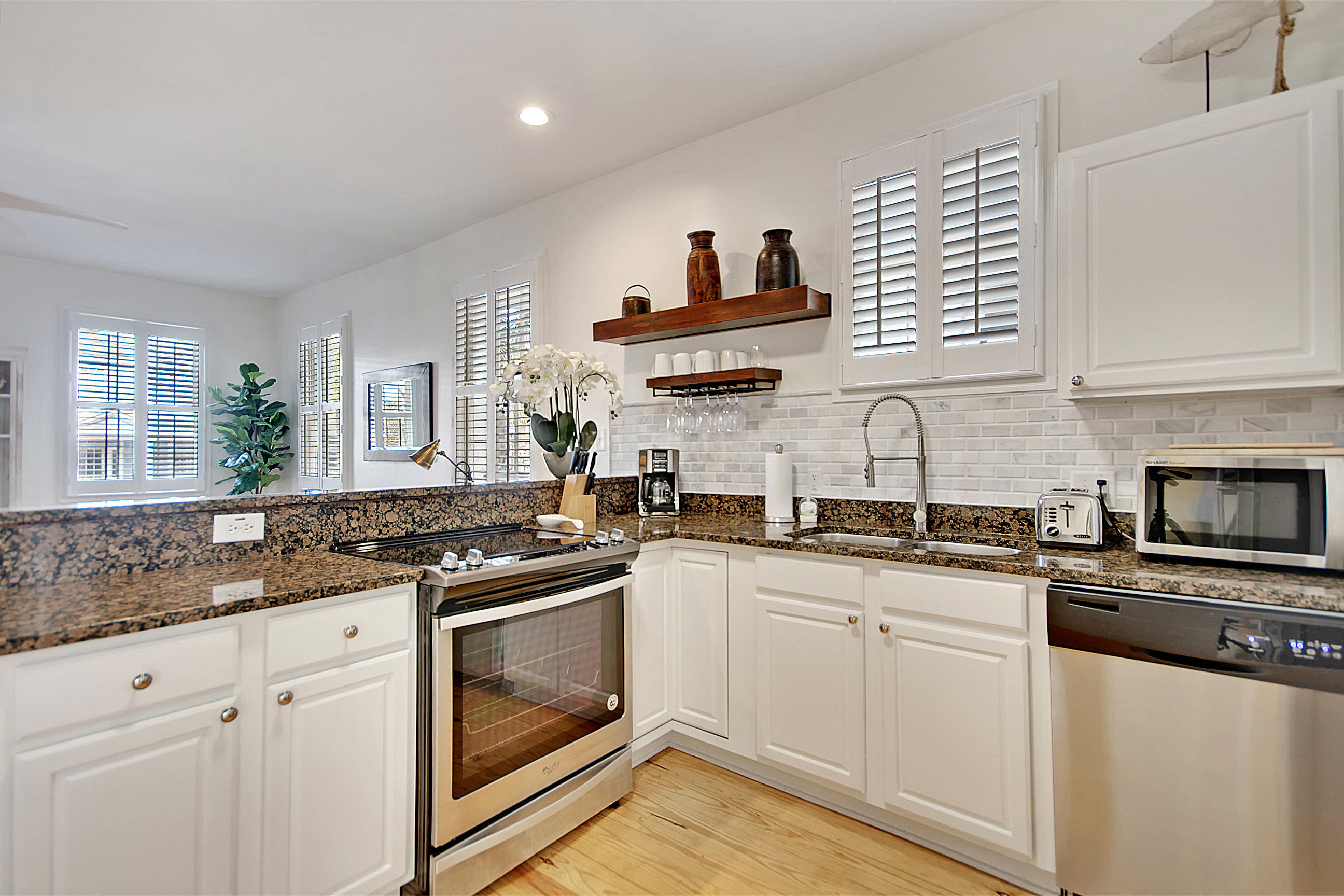 Cannonborough-Elliottborough Homes For Sale - 167 Spring, Charleston, SC - 20