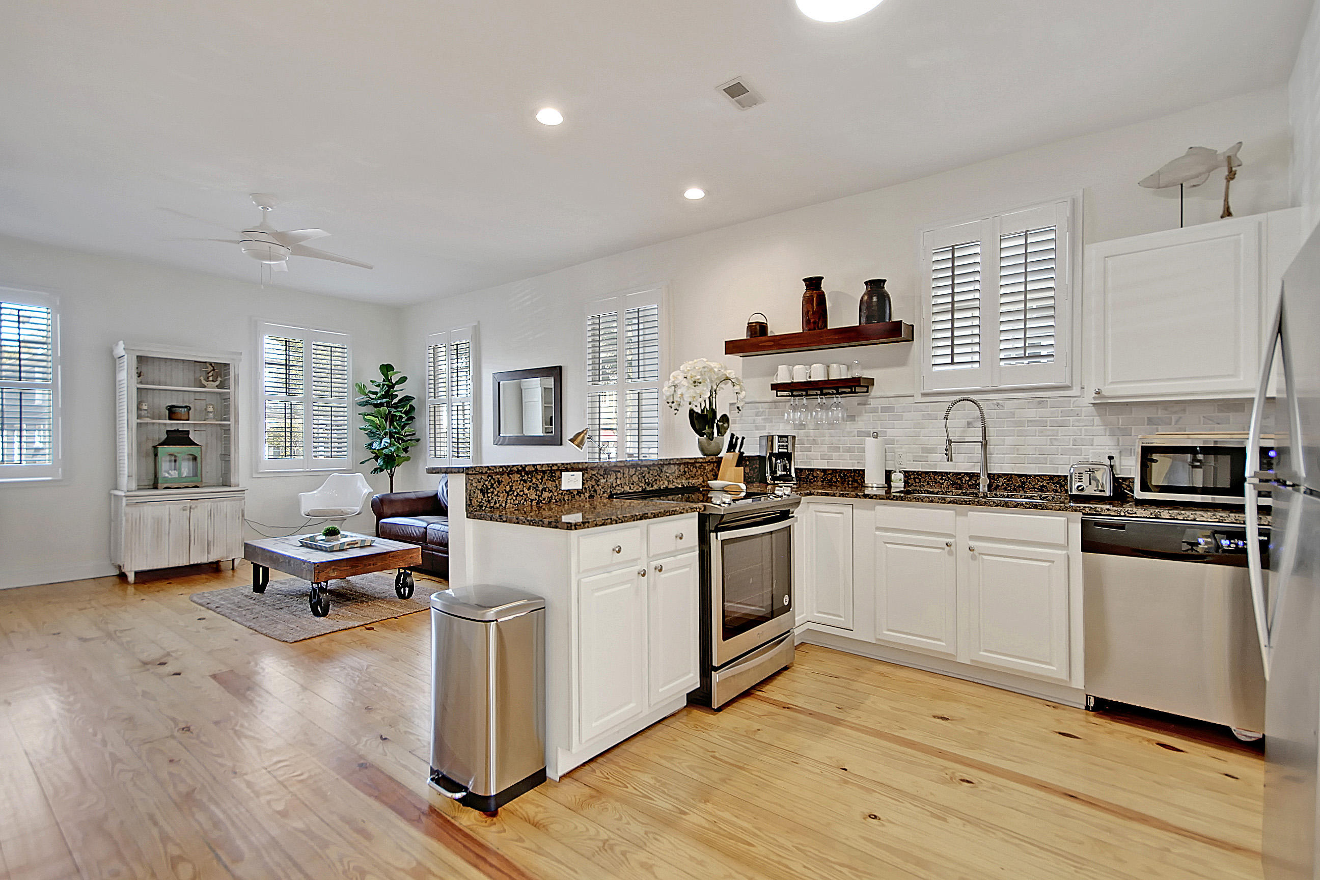 Cannonborough-Elliottborough Homes For Sale - 167 Spring, Charleston, SC - 14
