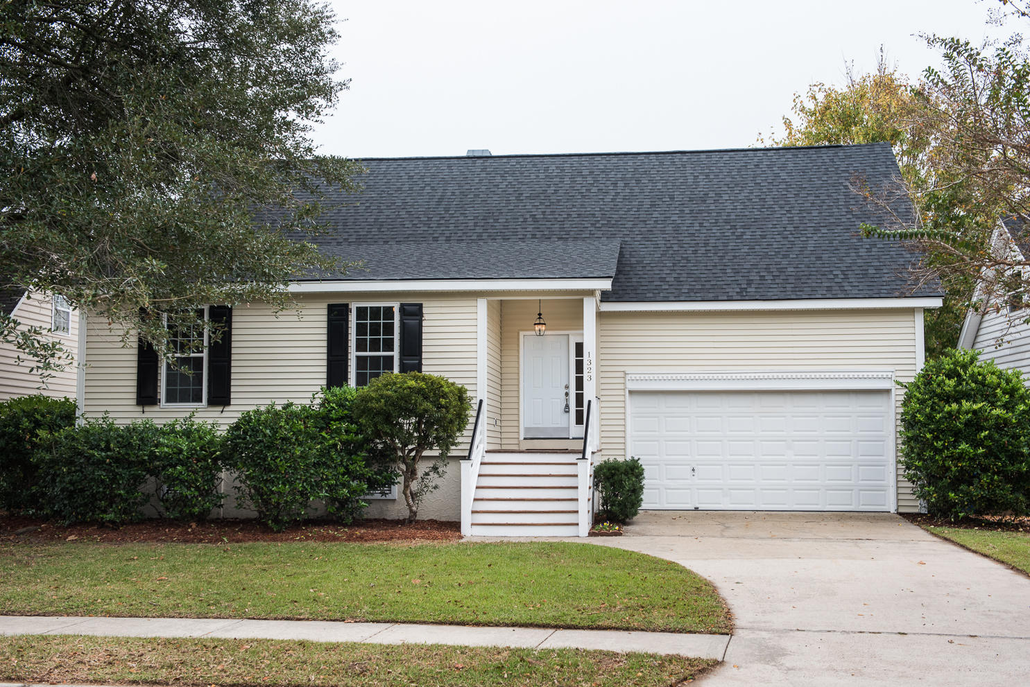 1323 Ellison Run Charleston, SC 29412