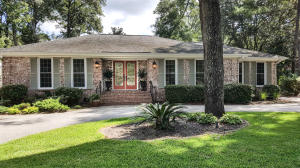 682 Oakfield Dr Drive, Charleston, SC 29412
