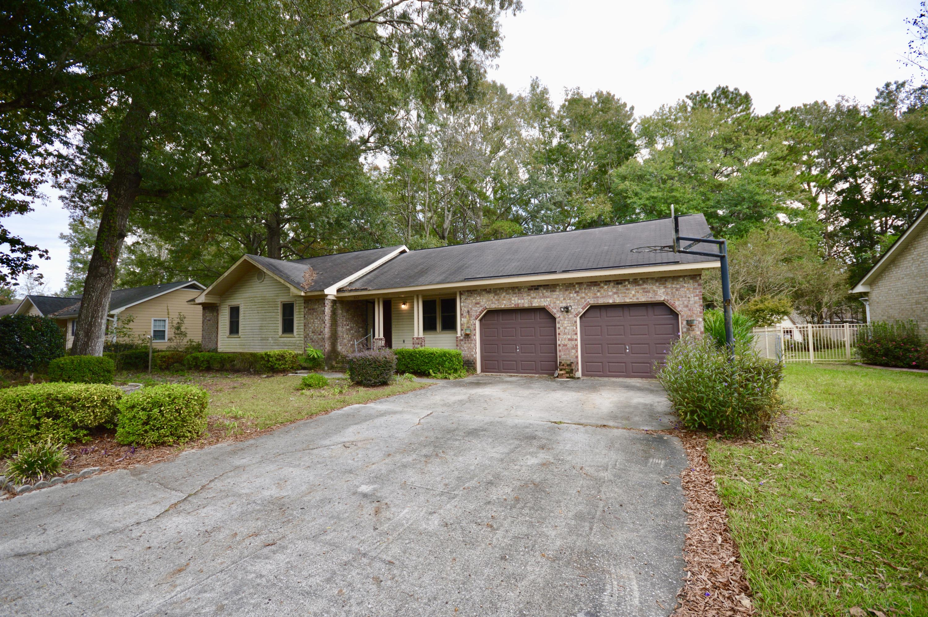 322 Chessington Circle Summerville, SC 29485
