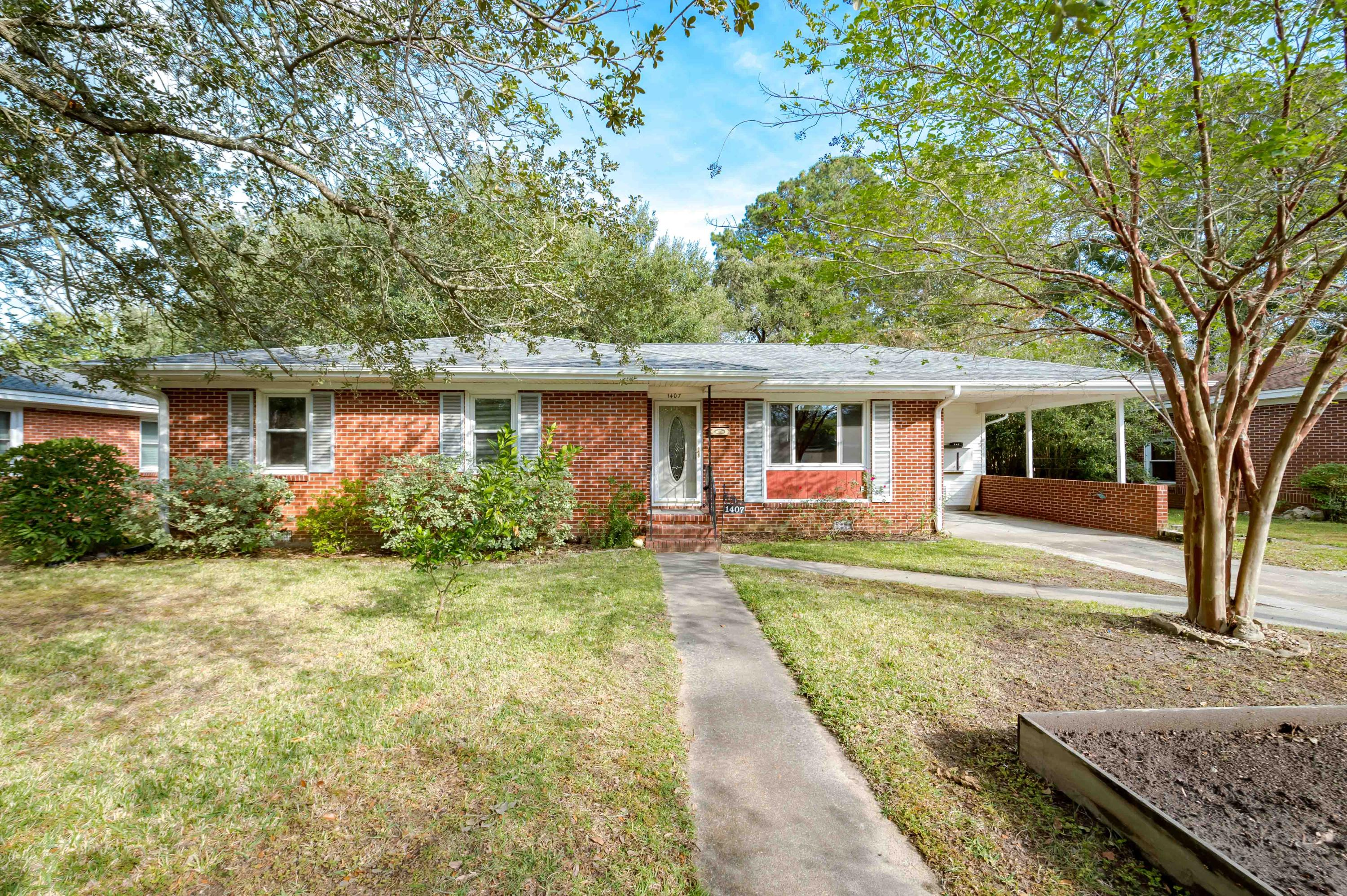 1407 Fairfield Avenue Charleston, SC 29407