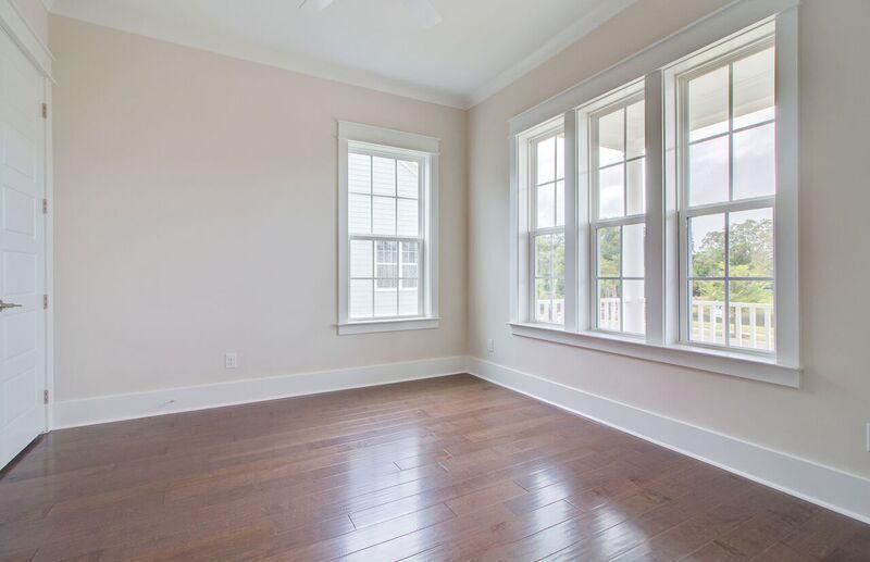 The Oaks Marsh View Homes For Sale - 1139 Kincannon Drive, Mount Pleasant, SC - 15
