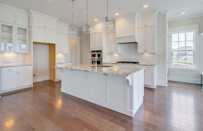 The Oaks Marsh View Homes For Sale - 1139 Kincannon Drive, Mount Pleasant, SC - 10