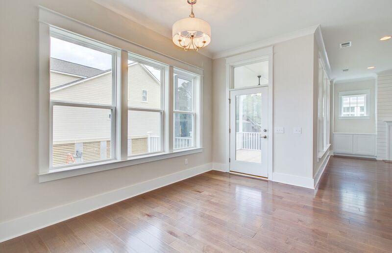 The Oaks Marsh View Homes For Sale - 1139 Kincannon Drive, Mount Pleasant, SC - 12