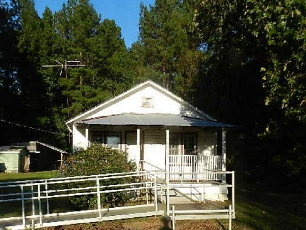 2224 Harristown Road Saint Stephen, SC 29479