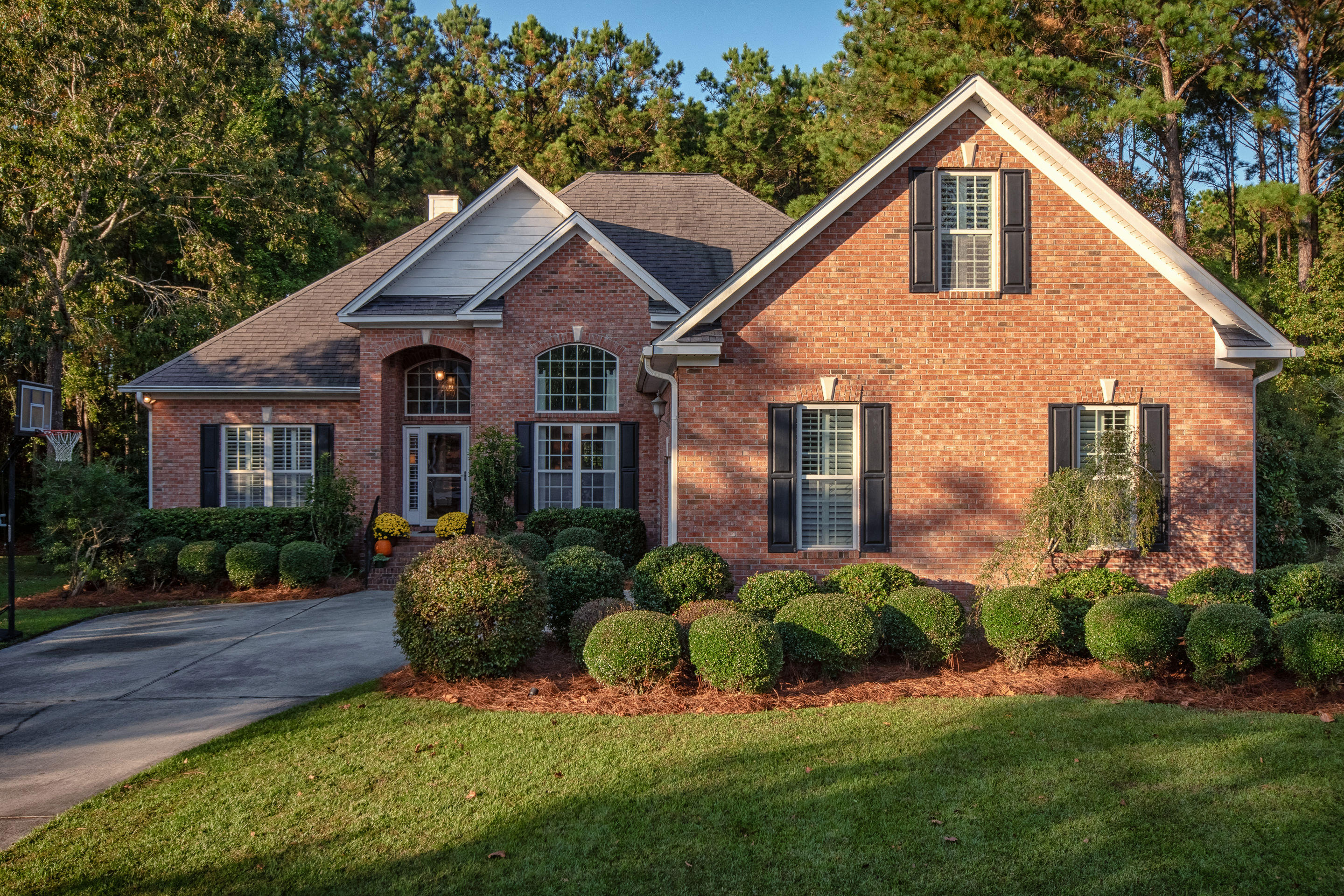2788 Waterpointe Circle Mount Pleasant, SC 29466