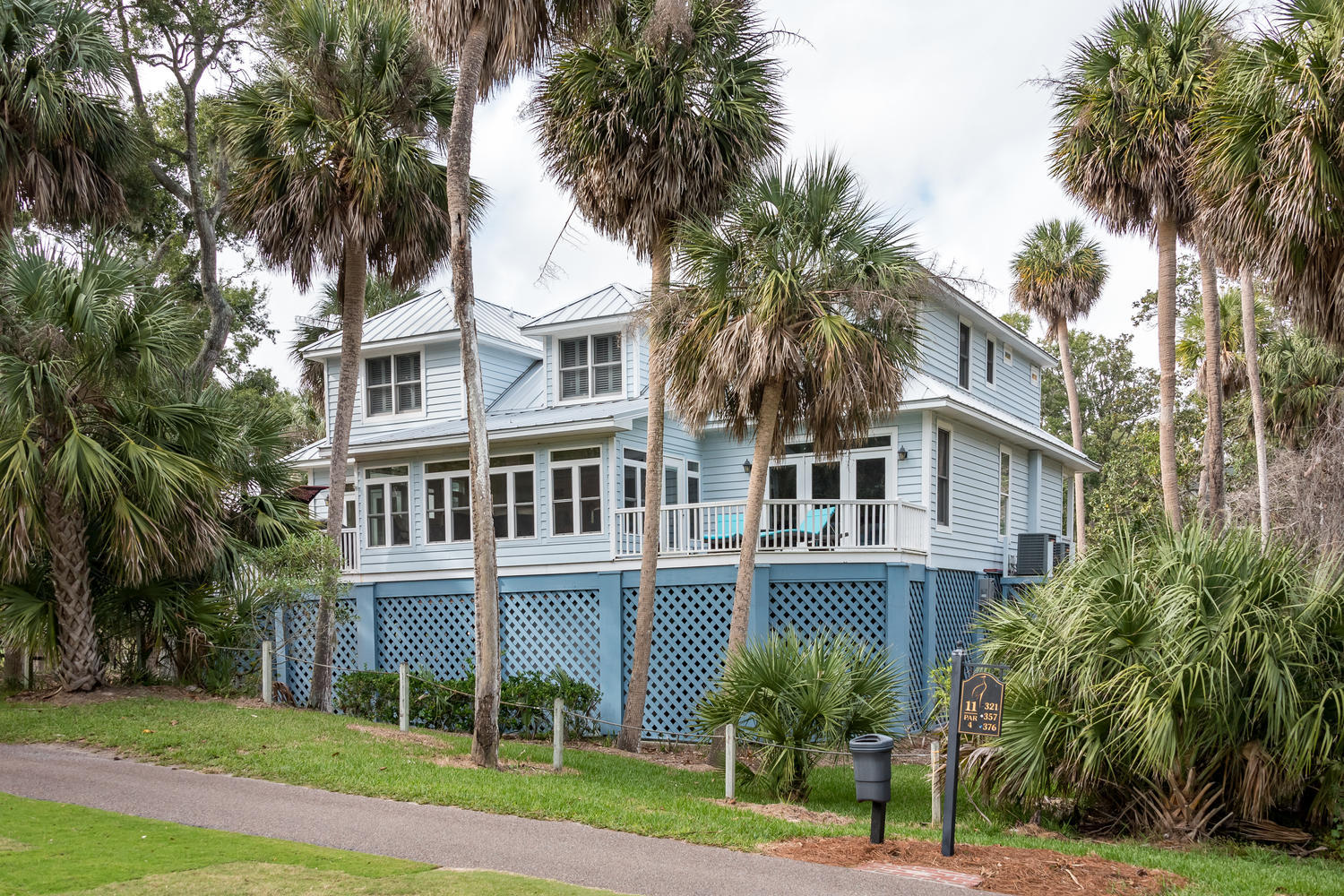 35 Pender Lane Edisto Beach, SC 29438