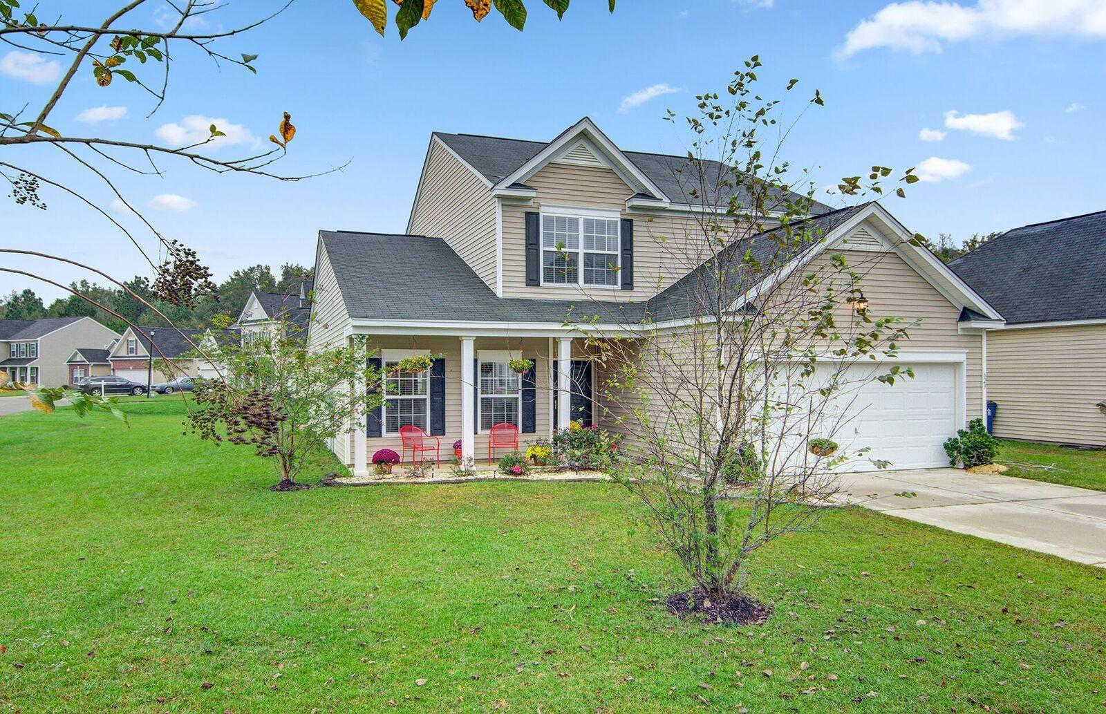 629 English Oak Circle Moncks Corner, SC 29461
