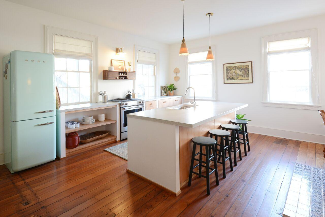 Cannonborough-Elliottborough Homes For Sale - 153 Spring, Charleston, SC - 2