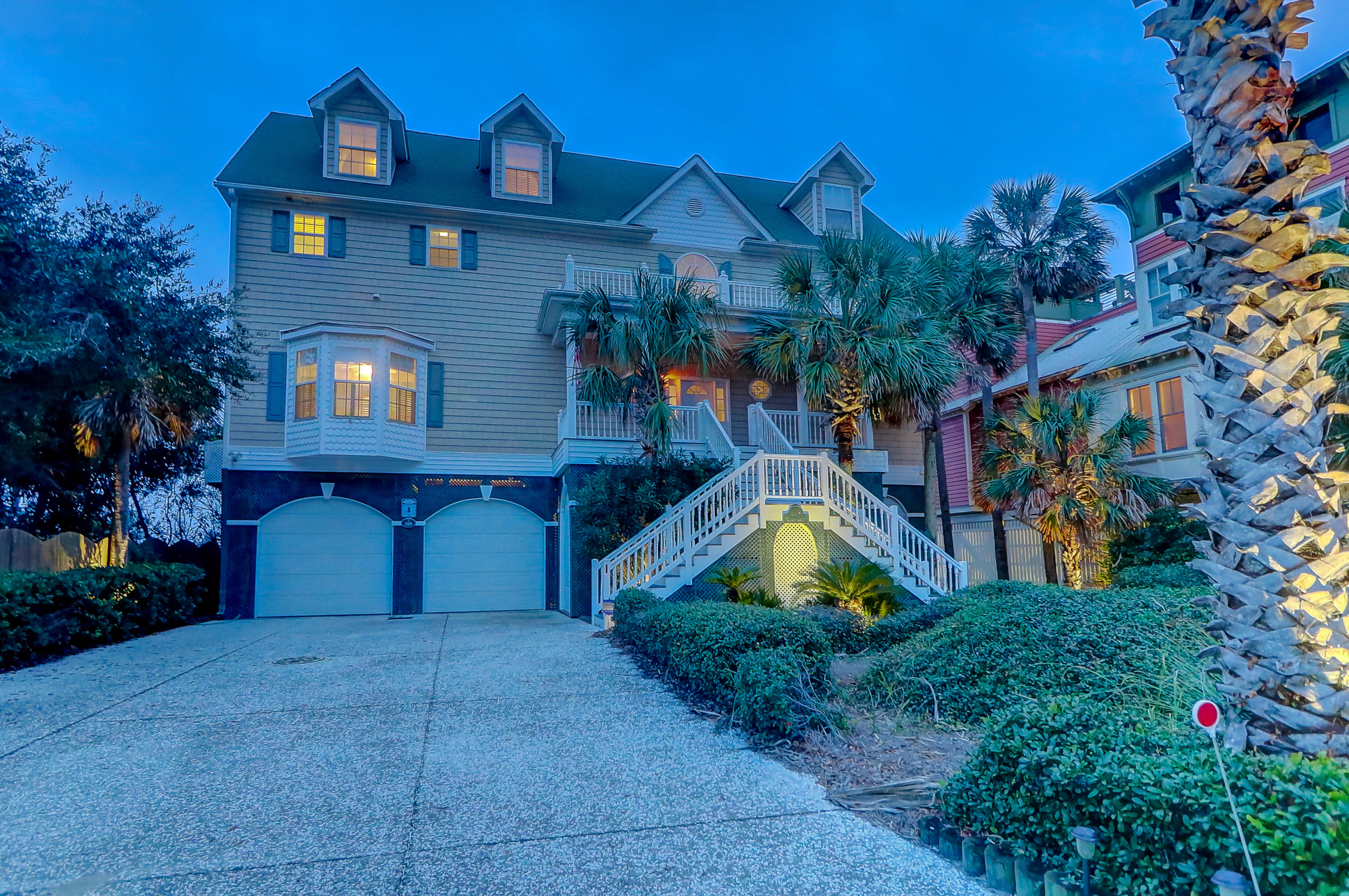 509 E Arctic Avenue Folly Beach, SC 29439