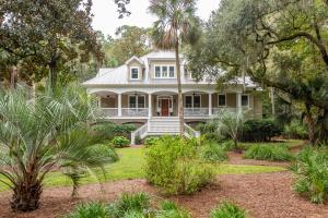 3201 Privateer Creek Road, Johns Island, SC 29455