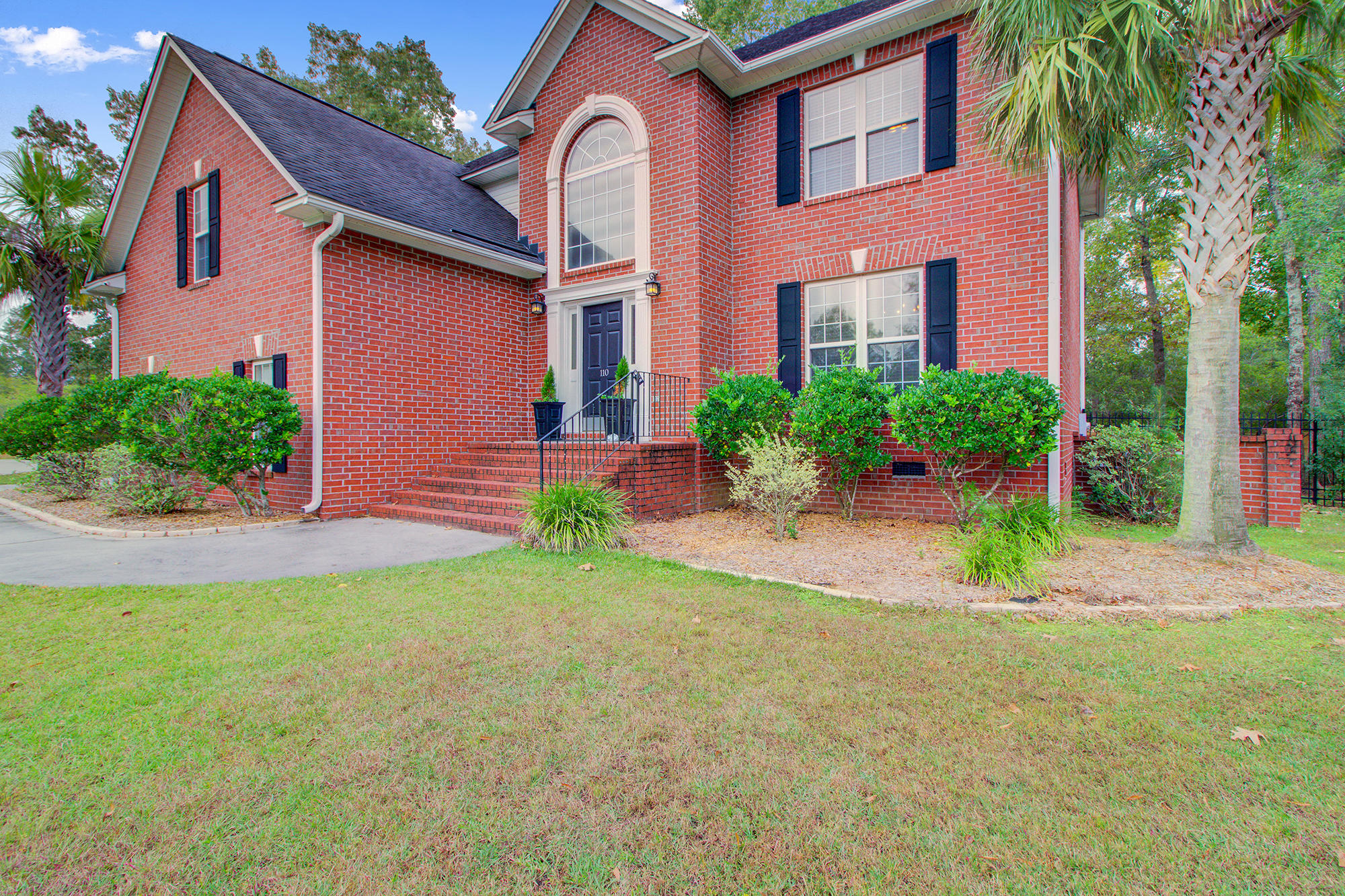110 Sandlings Court Goose Creek, SC 29445