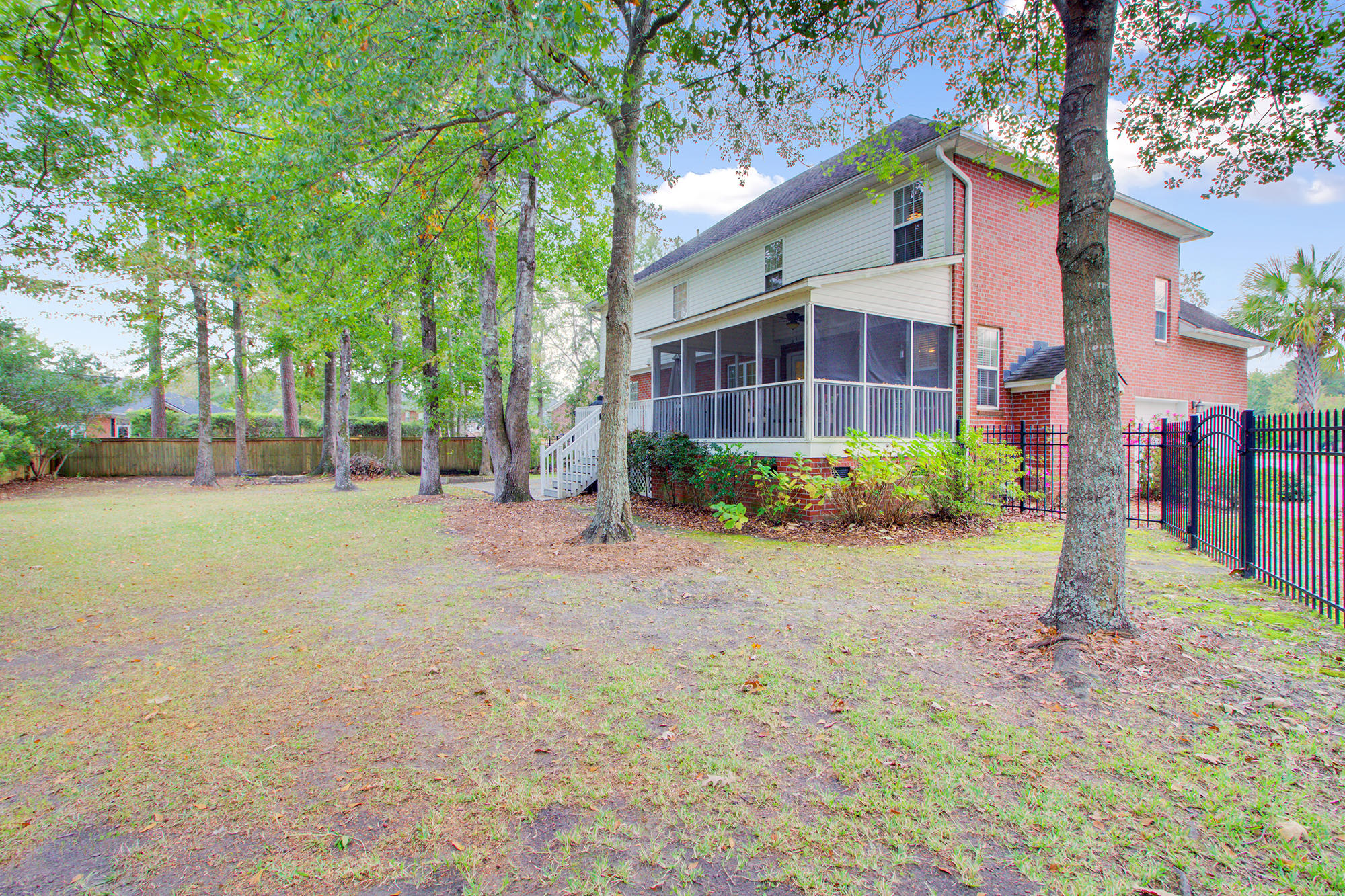 110 Sandlings Court Goose Creek, SC 29445