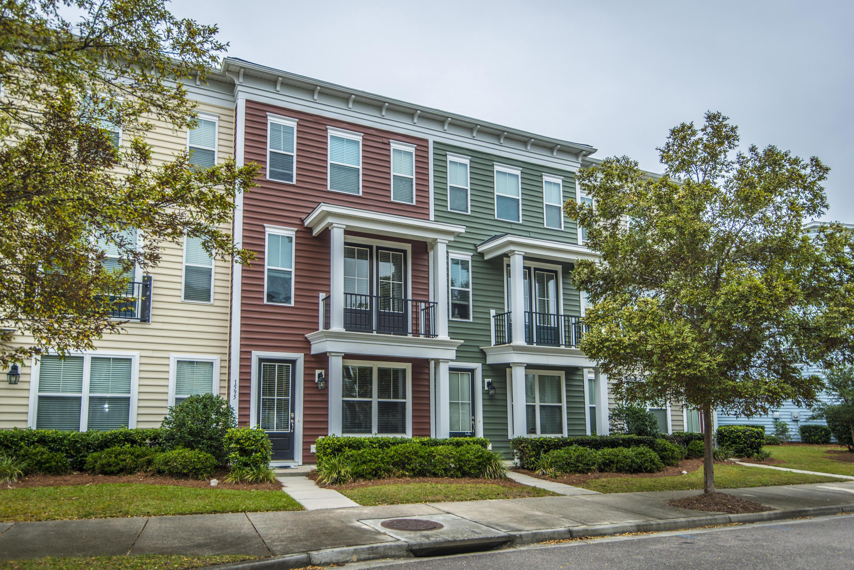 1595 Bluewater Way Charleston, SC 29414