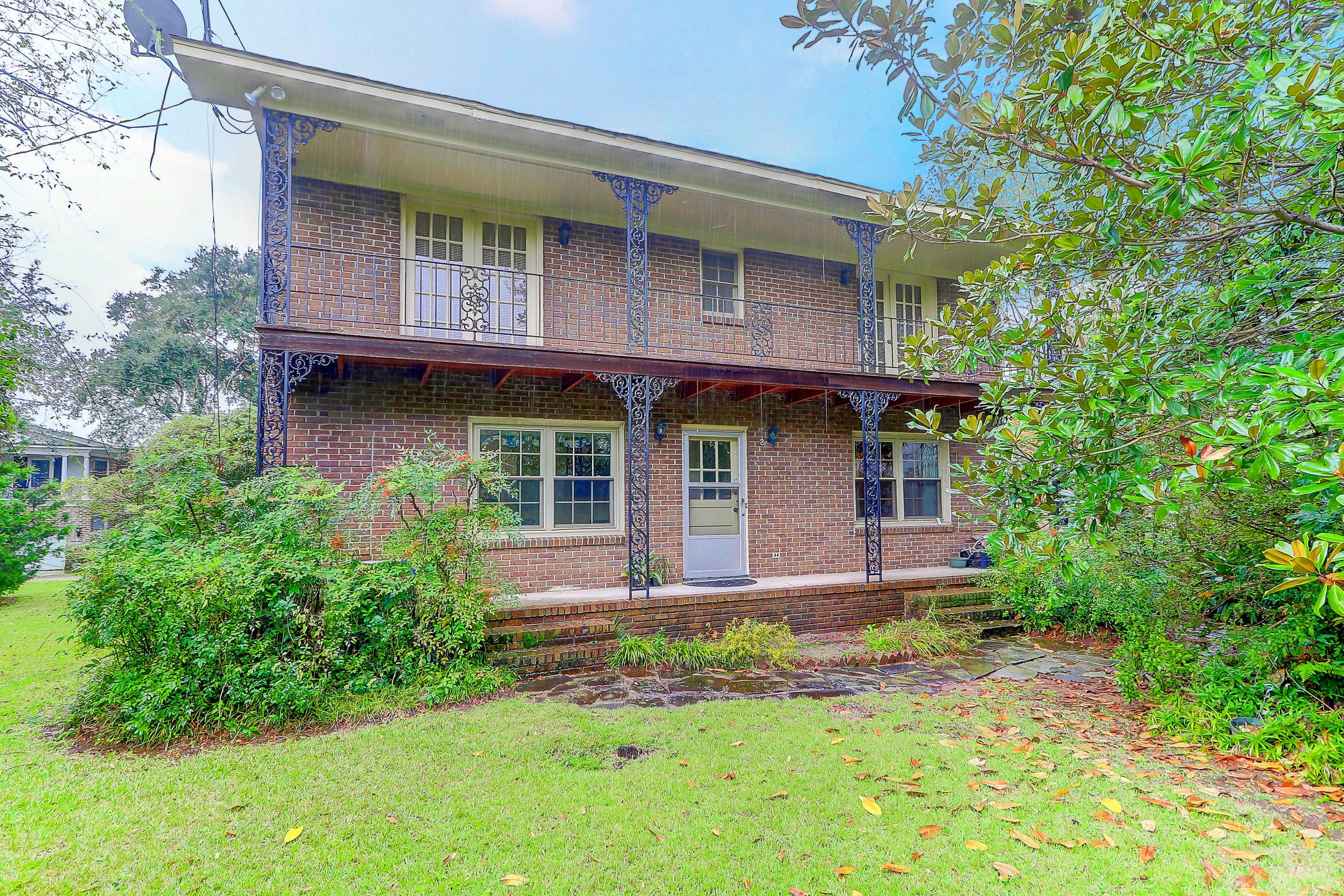 Old Village Homes For Sale - 11 Pierates Cruz, Mount Pleasant, SC - 5