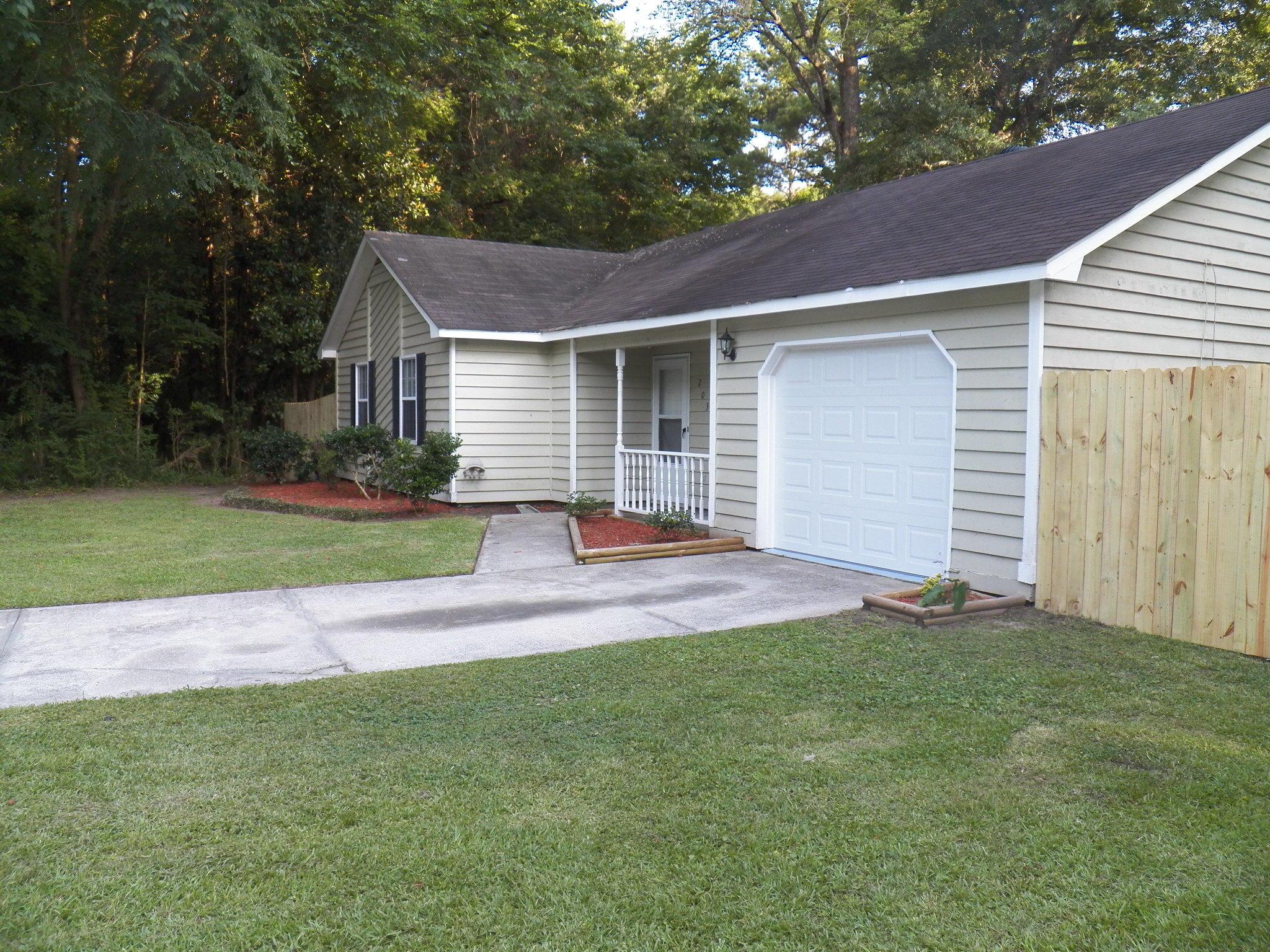 203 Flamingo Drive Ladson, SC 29456