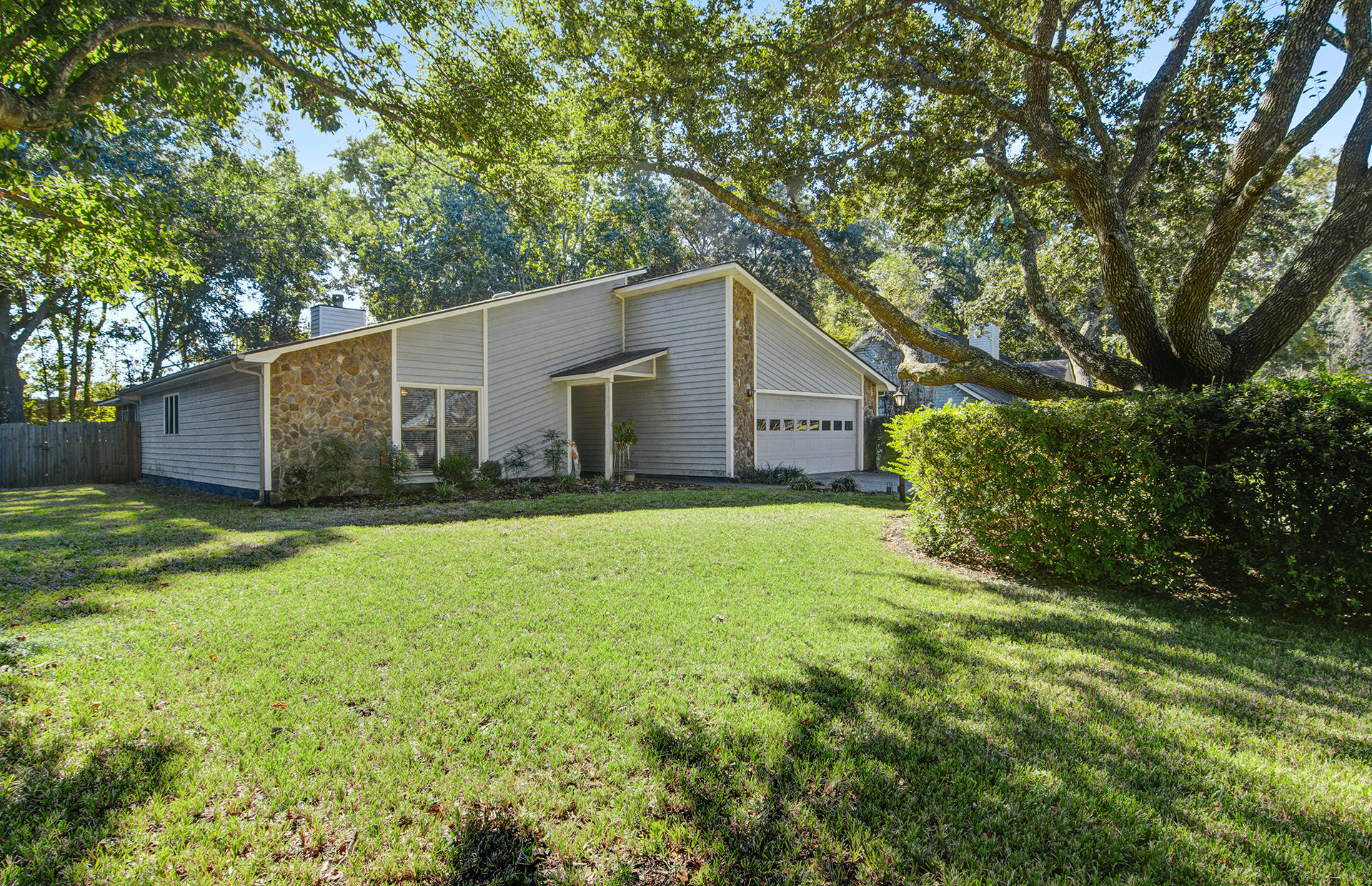 1134 Ambling Way Mount Pleasant, SC 29464